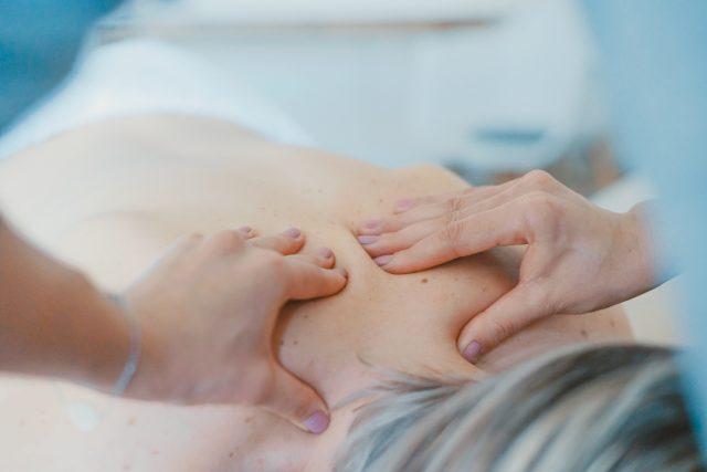 En god massagebriks giver en vellykket behandling